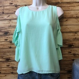 Gianni Bini blouse with cut out sleeves mint green